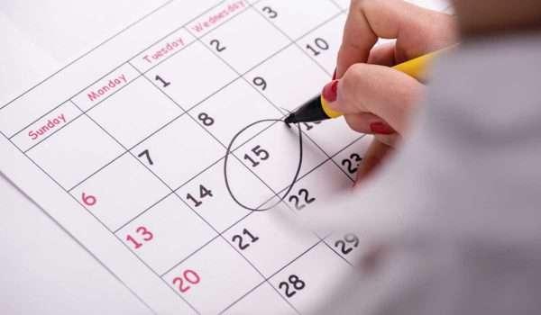 صورة طرق تاخير الدورة الشهرية بشكل آمن وفعال