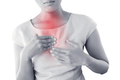 صورة حرقة الفؤاد أو حرقة المعدة – ما يجب تناوله عند الإصابة بالحالة