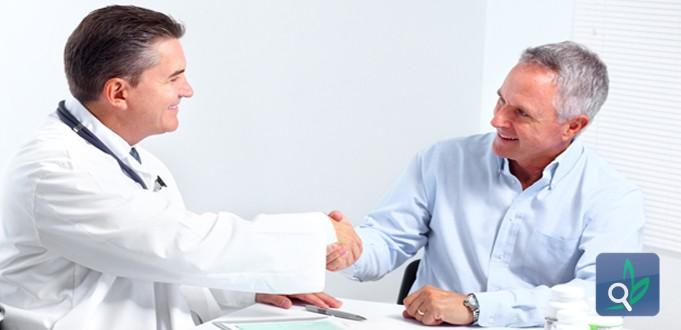 صورة اسس العلاقة بين الطبيب والمريض