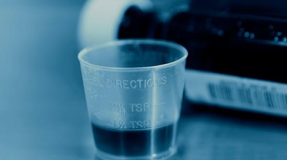 صورة سوء استخدام ادوية السعال عند المراهقين