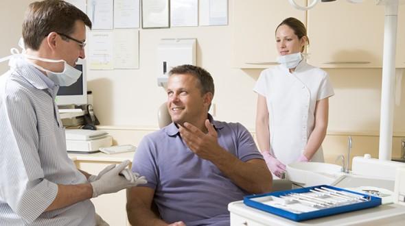 صورة أهمية العناية بصحة الفم والاسنان لمرضى السكري