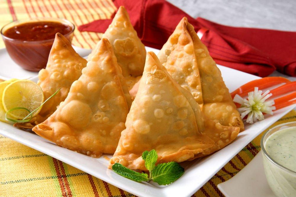 سمبوسة هندية بالجبن