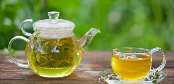صورة الشاي الأخضر ودهون الكرش