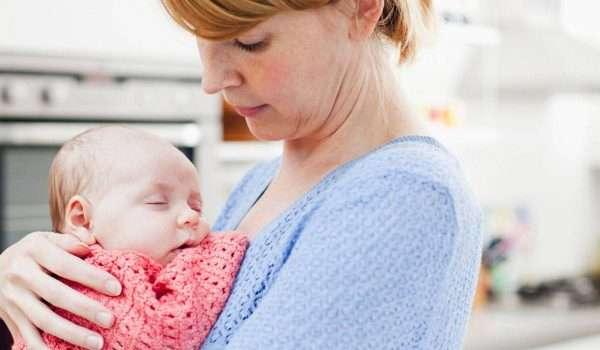 صورة ما هي العلاقة بين الرضاعة الطبيعية والدورة الشهرية ؟