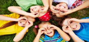 صورة دور الألعاب في حياة الطفل