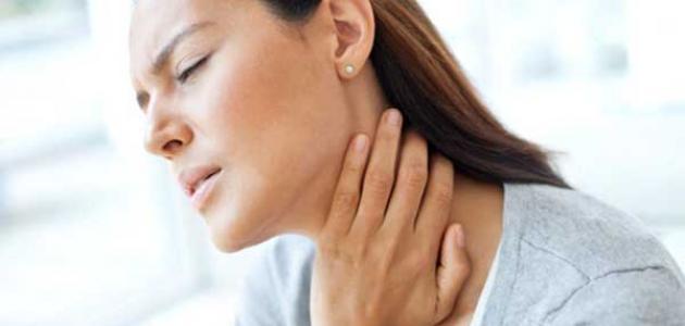 صورة أعراض سرطان الحنجرة المبكرة