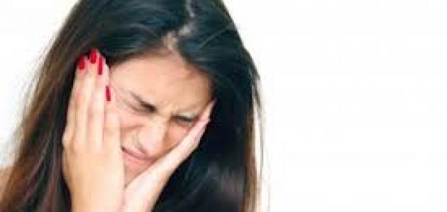 صورة الألم العصبي وطرق علاجه