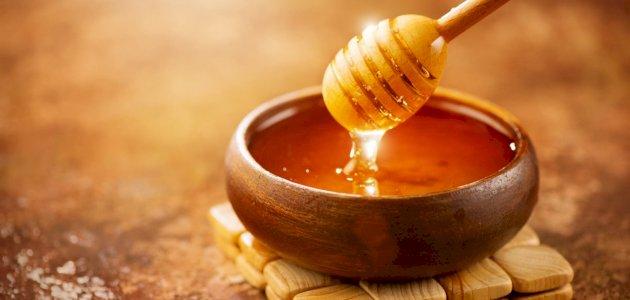 صورة علاج خشونة الركبة بالعسل: حقيقة أم خرافة قد تضرك؟