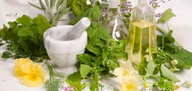 صورة علاج دوالي الخصية بالأعشاب: حقيقة أم خرافة قد تضرك؟