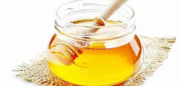 صورة علاج فطريات اللسان بالعسل: حقيقة أم خرافة قد تضرك؟
