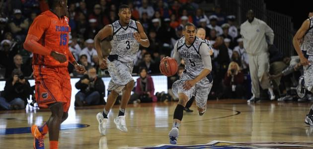 صورة ما عدد لاعبي كرة السلة داخل الملعب