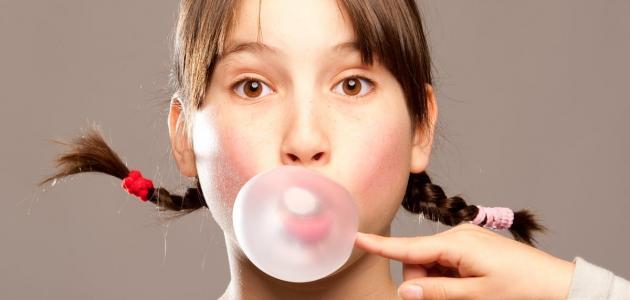 صورة هل للعلكة أية فوائد في علاج الحموضة؟