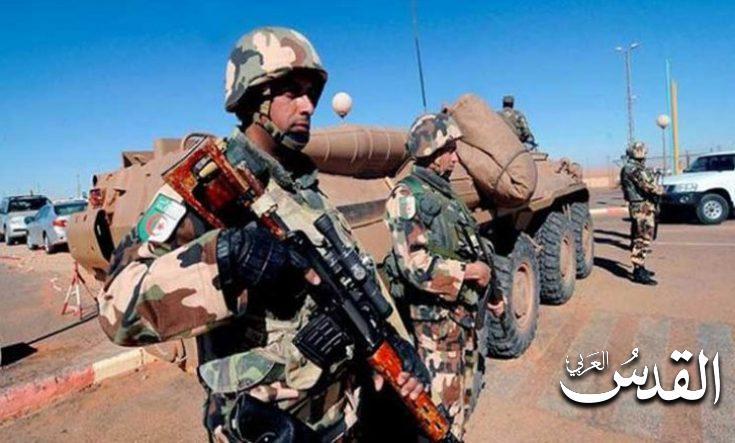 صورة وزارة الدفاع الجزائرية: توقيف إرهابيين وإبطال 11 قنبلة