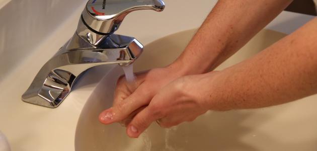 صورة طرق ترشيد استهلاك الماء في المنزل والمدرسة