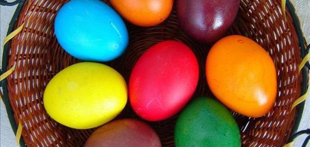 صورة طريقة تلوين البيض بألوان طبيعية