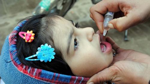 صورة حملة مطاعيم ضد شلل الأطفال في عدد من الدول العربية