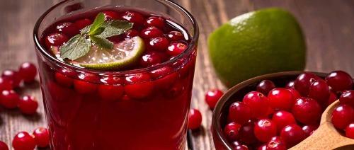 صورة هل يساعد عصير التوت البري على التخلص من التهاب المسالك البولية؟