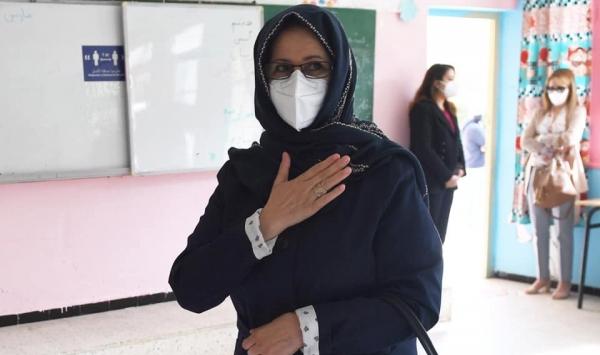 صورة حرم الرئيس عبد المجيد تبون تنتخب بالوكالة عنه